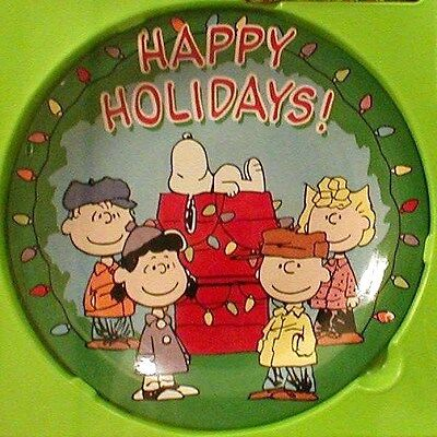 Peanuts Gang Decorative Ceramic Christmas Wreath Plate 'Happy Holidays' New