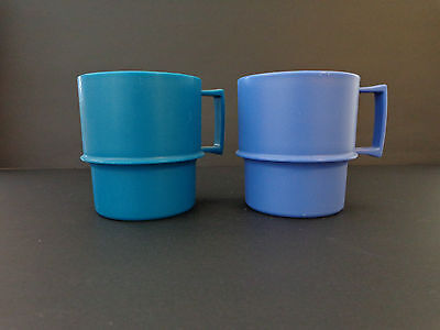 2 x VintageTupperware Cups / Mugs - Very Good Condtion