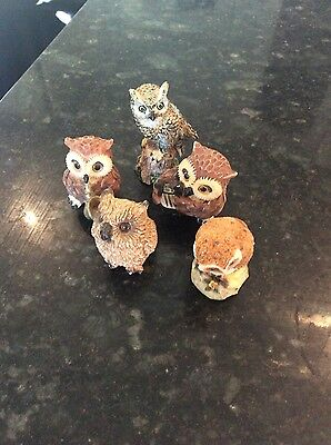 5 owl ornaments in good condition