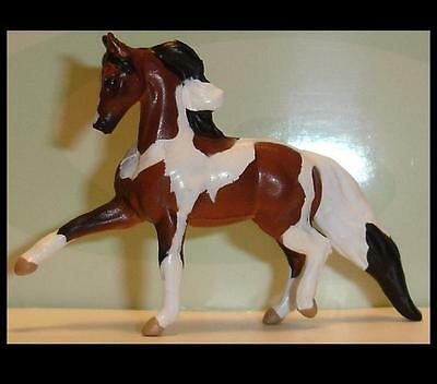 Breyer Bay Pinto TROTTING MORGAN STALLION Mini Whinnie from 6 Pintos 300115