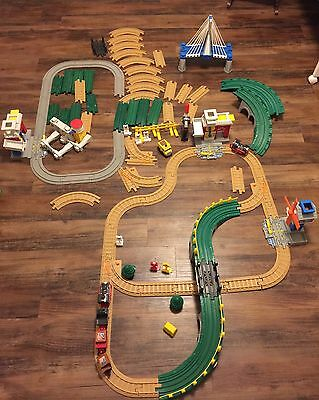 Geotrax Misc. Lot Train 97 Pieces