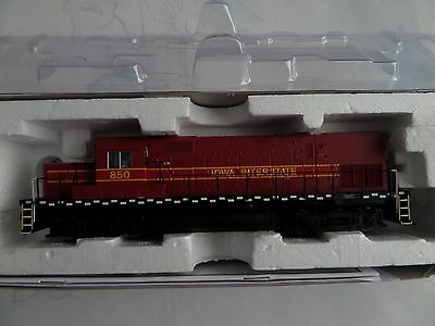 Atlas Master Gold HO Scale Iowa Interstate C420 Locomotive with Factory Sound