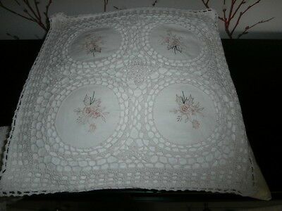 """VINTAGE STYLE HAND CROCHETED OFF WHITE COTTON FLORAL CUSHION COVER ~ 15"""" x 15"""""""