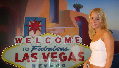 LAS VEGAS SIGN!...5 FOOT WIDE!... Stunning! *****