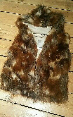 NEXT BNWT Girls faux fur Hooded Gilet Brown Age 6