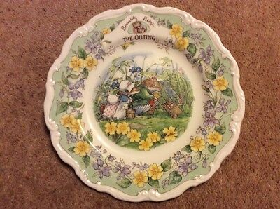 """Brambly hedge Royal Doulton 'The Outing' 8"""" wall plate - Surprise Outing series"""