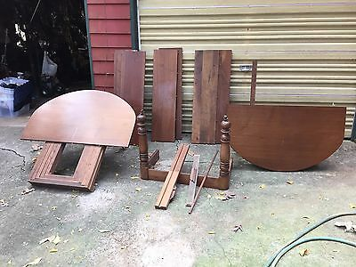 Antique dining room table (6 leaves) for parts or repair