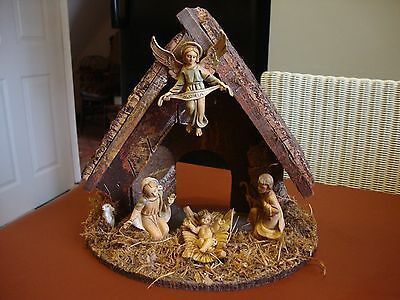 Vintage Nativity Stable and figures made in Italy