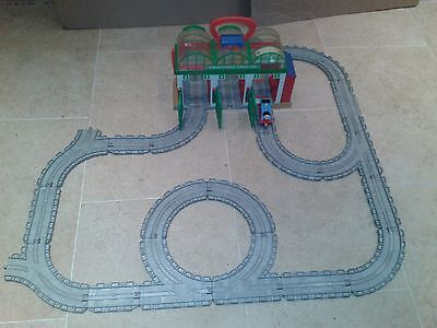 Take Along Thomas & Friends Knapford Station set with Thomas the Tank Engine