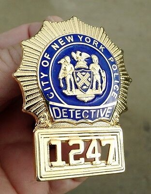 Old Obsolete Vintage Collectible Detective Badge NYPD - EXCELLENT!