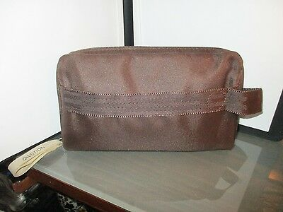 SWISS AIRLINES INT'l by QWSTION amenity kit bag makeup travel dopp choc brown