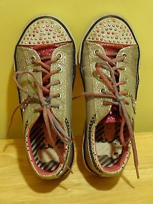 Girl's Sketchers Twinkle Toes Sneakers Light Up Size 2  Sparkles!