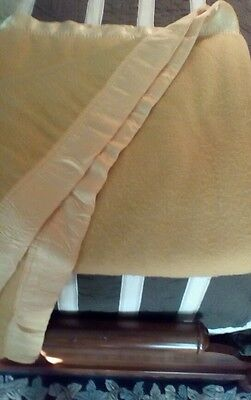 VINTAGE old gold Twin  Size 100% Acrylic blanket