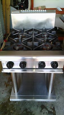 Four burner Waldorf gas commercial stove