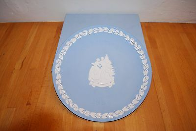 Wedgwood Jasperware Blue 1999 Christmas Plate