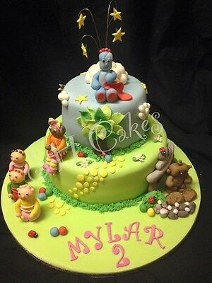 Handmade edible In the night garden upsy daisy Iggle Piggle cake toppers