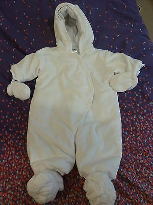 Baby Boy/Girls White Snow/Pram Suit With Mittens & Booties, Age 0-3 Months *NEW*