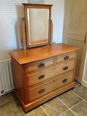 Antique Pine Chest Of Drawers (Le65)