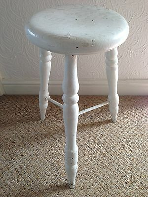 """Antique Painted Wooden Stool With """"vr"""" To Seat"""