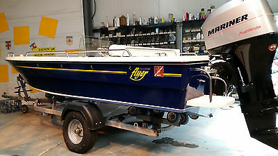 Salcombe Flyer 440 Sport, fishing sports boat, centre console,50hp four stroke