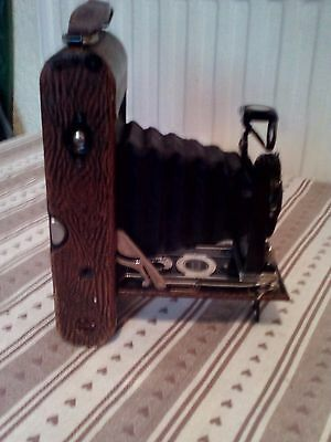 ANTIQUE / VINTAGE POPULAR ENSIGN CAMERA ( Early photography 1922 )