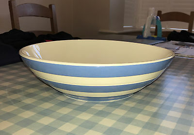Cornishware Cornish Serving Bowl by T.G.Green 30cm