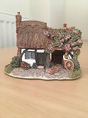 *RARE 1997* Lilliput Lane Cottage - The Old Forge, *MINT CONDITION*