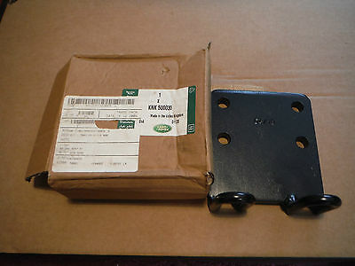 Land Rover Military Wolf 90/110/130 NATO Tow Hitch Backing Plate KNK 500030