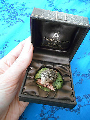Vintage COUNTRY ARTIST MINATURE HEDGEHOG IN ORIGINAL BOX Rural Countryside Small