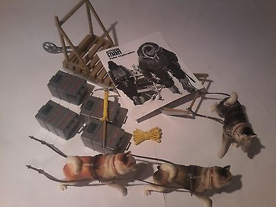 Vintage action man Polar Explorer sledge and dog team & accessories. 40th MINT
