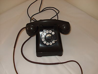 Vintage Bell System desktop rotary dial telephone. Black. 1940's Communications
