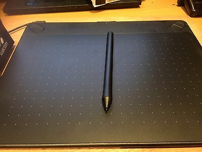 """WACOM - Intuos Art Pen & Touch 10"""" Graphics Tablet"""