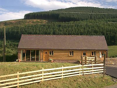 Christmas holiday cottage Wales,sleeps 5 en suite, from 23rd Dec-4th Jan,5 night