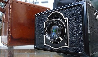 KW REFLEX-BOX CAMERA c 1930s RARE CAMERA aka KW box -reflex Very Good Condition