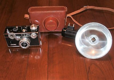 Vintage 1960s Argus C3 Colormatic Camera Flash Leather Case  50mm Cintar Lens