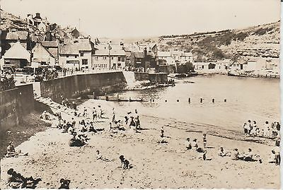 Staithes - The Beach - Yorkshire -- Real Photo  Postcard