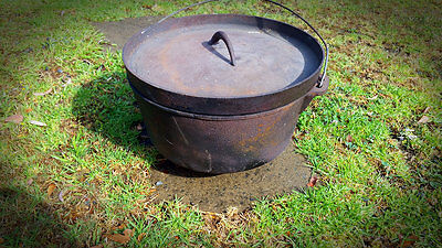 Large Cast Iron Camp Oven with legs