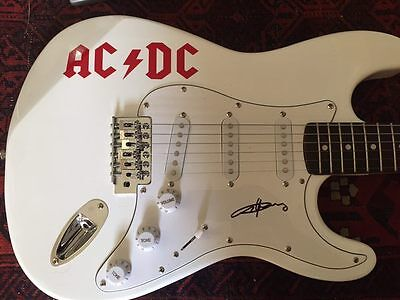 Ac/dc Angus Young Signed Guitar! Acdc With Photo Proof. Christmas Gift Shipping!