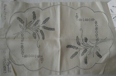 LAVENDER - MYART STAMPED LINEN DOILY/TRAY CLOTH for EMBROIDERY -VINTAGE UNWORKED