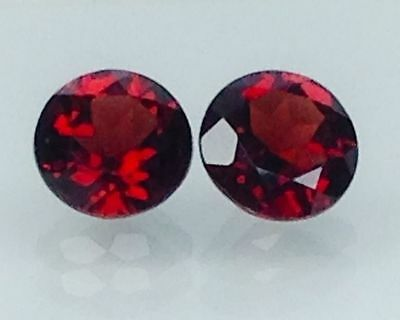 2Cts Natural Red Garnet Gems (Free Shipping Additional 10 Items )(6091)
