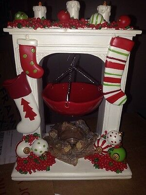 Yankee Candle Christmas Tart Burner HOLIDAY STOCKINGS