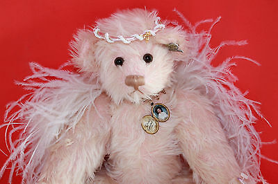 """ANNETTE FUNICELLO CHRISTMAS ANGEL BEAR, 'FAITH"""" BY Lenore DeMent, 1996"""