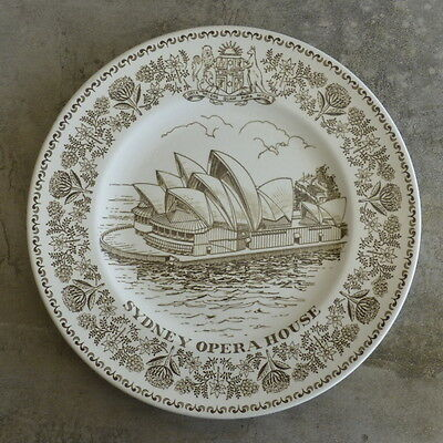 Wood & Sons Collectors plate Sydney Opera House NSW Australia made in England