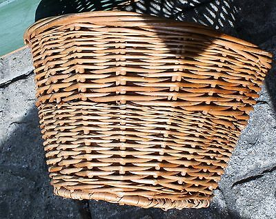 Bicycle Basket,  Small Wicker  With Two Leather Straps Bn