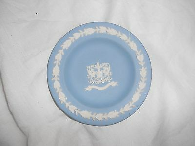 Small blue Wedgewood plate