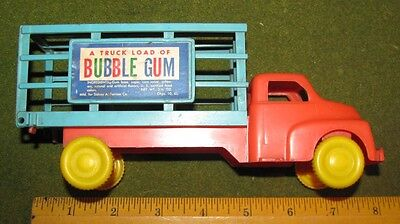 Vintage 1940S Plastic Truck Load Of Bubble Gum Candy Container Sidney Tarrson Co