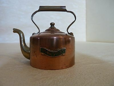 Small brass and copper kettle Irvinestown – peerage brass