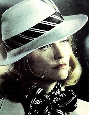 Cybill Shepherd : I'm Always The Spoiled Rich Girl Article & 11x8 Colour Pin Up
