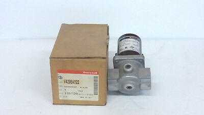 Honeywell  V4295A1122 *new In Box* Gas Valve Assembly 1 Inch 5Psi(2A4)