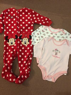 Minnie Mouse Onesie N Vests 9-12 (boots)